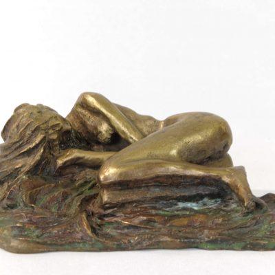 La source, sculpture en bronze (15x15x10cm)