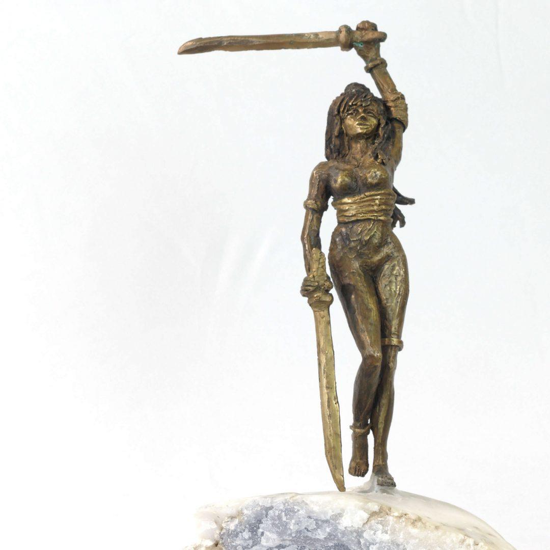 Guerrière au sabre